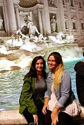 John cabot university students, students at the Trevi Fountain, Trevi fountin, study abroad students in Rome, choosing a University, deciding to study abroad