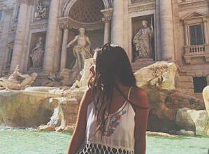 Trevi fountain, taking a gap year, studying abroad in Italy, Rome