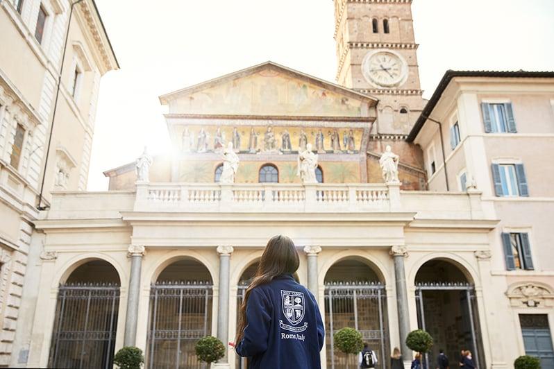 English speaking universities in Italy
