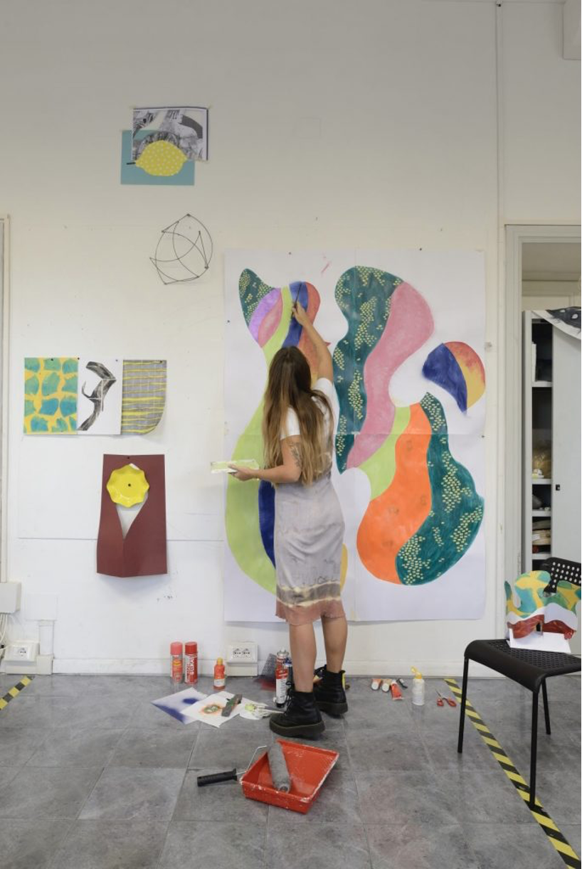 Pic of student painting on a lovely canvas in Rome, Italy